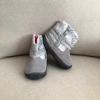 Stride Rite booties size 3 Mississauga, L5M 6C6