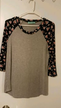 Floral and grey 3/4 sleeve Fort McMurray, T9K 2K4