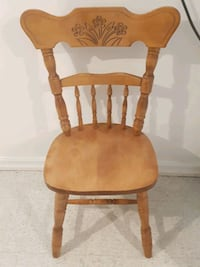 LOW PRICE- NEED GONE TOMORROW!! 8 solid oak chairs Toronto, M6N 3P3