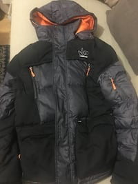 svart zip-up bubblajacka 6635 km