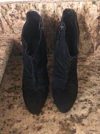 Guess Suede Booties - Size 8.5 Fort Worth, 76126