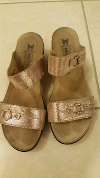 Brown and pink mephisto leather sandals Toronto, M2N 2B2