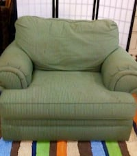 Overstuffed Comfy Chair Baton Rouge, 70802