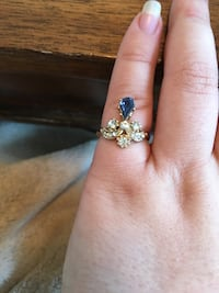 Gold plated White and blue costume jewelry ring size 5 #2 Clayton, 63105