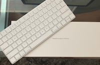 Apple Magic Keyboard - Wireless SF