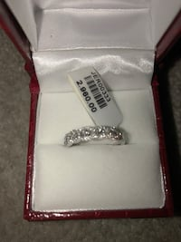 18K white gold and diamond ring 0.46 Vaughan, L4J 4T8