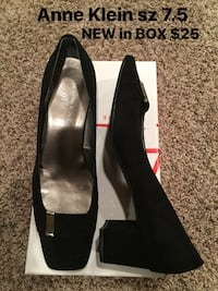 Anne klein pump new in box size 7,5