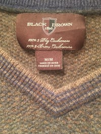 100% cashmere Men sweater + very cozy one.  Vancouver, V6J 1R7