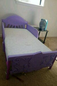 purple and white bed frame Colorado Springs, 80902
