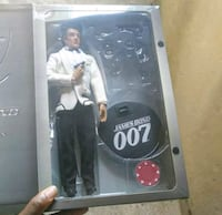 "James Bond (Sean Connery) ""Side Show Collectable""  Hackensack, 07601"