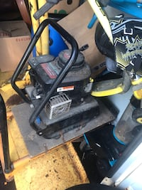 Air Compressor $100 Need gone