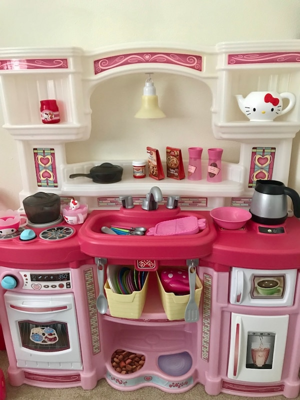 Step2 Rise & Shine Kitchen Pink Girl Toddler Pretend Play House