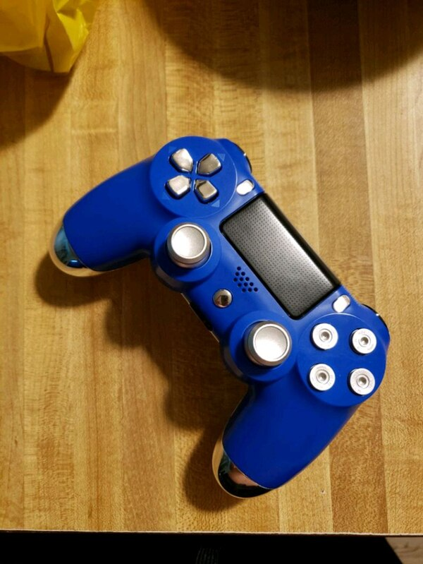 Blue/Chrome PS4 Controller