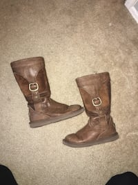 Brown Leather UGG boots