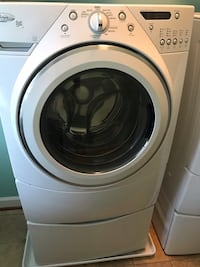 White whirlpool front-load clothes washer Ashburn, 20148