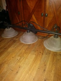 Ceiling light fixture with 3 lights  Glendale, 85304
