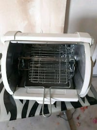 white and black pet carrier Yuma, 85367
