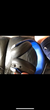 black and blue leather car seat Torrance, 90277