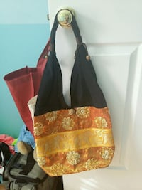 Black and gold bag Woodbridge, 22192