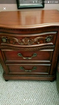 Dresser with mirror anf night stand Pinnacle, 27043