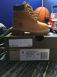 pair of brown Timberland work boots on box Baltimore, 21225