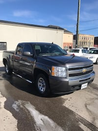 2010 Chevy Silverado 1500 4x4, mileage 211.450. Excellent condition the transmission has been rebuilt few months ago and the torque converter has been changed,the transmission has one year warranty, still valid till the end off 2018, new tuneup, fender an Pickering