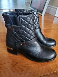 Vince Camuto leather moto boots sz 7.5 Mississauga, L5M 7G9