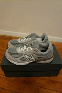 New balance 990 shoes gradeschool sz5.5 Silver Spring, 20906