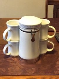 Coffee set for 4. Like new never been used