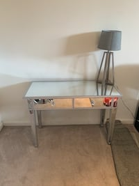Mirrored wooden desk vanity