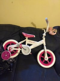 toddler's white and pink bicycle Plymouth, 18651