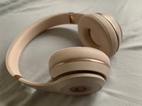 Beats Solo 3 Wireless Headphones in Matte Gold College Park, 20740