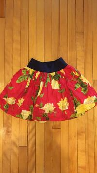 Floral skirt from Abercrombie Kids. Size Small.  Montréal, H3X 2P8