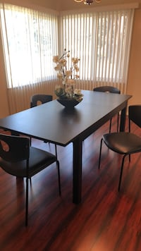 Dining table San Gabriel, 91775