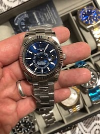 Rolex sky-dweller watch Toronto, M8Y