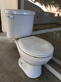 2-piece Toilet White Los Angeles, 91367