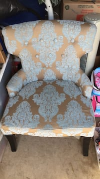 brown and white floral fabric sofa chair Lodi, 95240