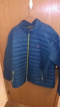 Womens patagonia down sweater jacket Federal Way, 98023