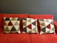 Sofa pillows Centreville
