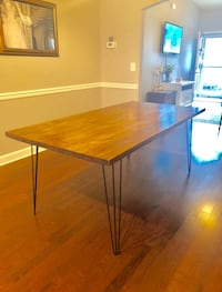 Dining table  Birmingham, 35212