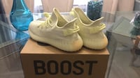 Adidas Yeezy 350 V2 Boost Butter 10.5 Milton, 30004