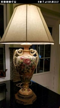 brown and white floral table lamp Miami, 33126