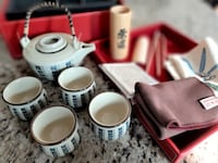 New 12-piece Boxed Chinese Tea Gift Set Oakville