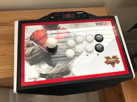 Street Fighter V Arcade Fightstick TE2 PLUS