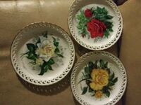 three white-and-green floral ceramic plates North Canton, 44720