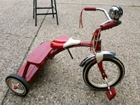 red and white Radio Flyer trike East Peoria, 61611