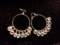 pair of gold-colored earrings Hamilton, L8L 6M8