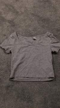 d3a64b18abb6b Used H M green crop long sleeve for sale in Peterborough - letgo