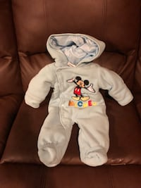 Infant Mickey Mouse snow suit, 0/3 months. Brand new w/o tags. Never worn. Gwynn Oak, 21207