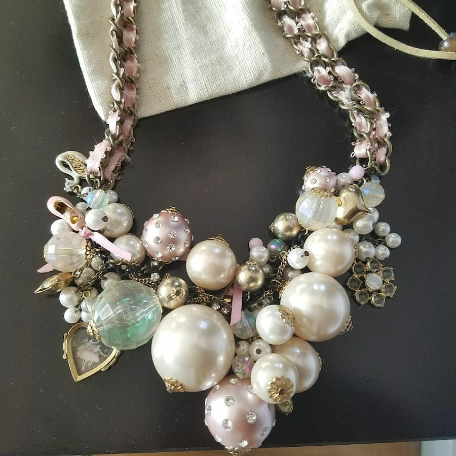 Necklace (Besty Johnson)